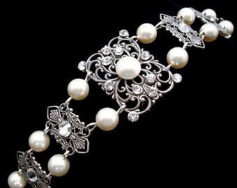 Bridal bracelet, Crystal Bracelet, Swarovski crystal, Bridal jewelry, Cuff bracelet, Wedding bracelet Wedding jewelry Vintage style bracelet