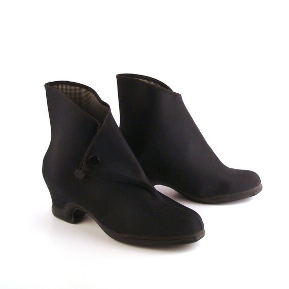 rubber boots shoes vintage 1950s made in by