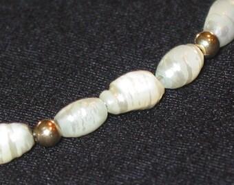 14k gold beads & fresh water pearls dainty vintage Pearl Bracelet