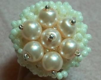 KIT Flower Nest Ring (Cream & Pink)