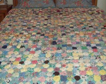 Vintage Yo-Yo Bedspread