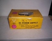 DC  Power Supply 117 Volt AC 13.8 DC Surge 5 Amperes