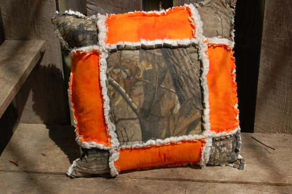 Camo Couch Throw Pillows : Realtree Camo Rag Throw Pillow Quilt 16 to match by craftinjenn