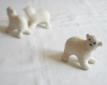Eco-friendly Polar BEAR Soft Sculpture/Plush TOY - PELUCHE Endangered Babies, Vegan, Eco-Felt & Organic Cotton Stuffing [ours polaire-oso]