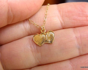 Valentine , Heart Necklace , Two Hearts Necklace  , Gold Necklace , Gold  Heart Necklace , Valentines Day Gift , Dainty Everyday Necklace