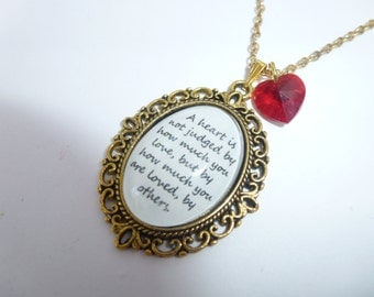 The Wizard Of Oz - A Heart Is Not Judged Quote Gold Cameo Necklace/Pendant & Heart Charm