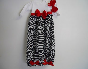 Boutique Infant Girls Zebra Layette gown & matching bow headband soo cute look