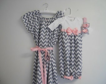 Boutique Gray Chevron Maternity and Delivery Gown Set sizes s-xl comes with matching Infant Gown Set great for coming home outfit