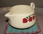 Homer Laughlin Gravy Boat - Strawberry pattern