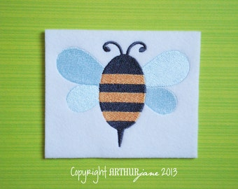 Honey Bee, INSTANT DIGITAL DOWNLOAD, Bumble Bee Embroidery Design for Machine Embroidery 4x4