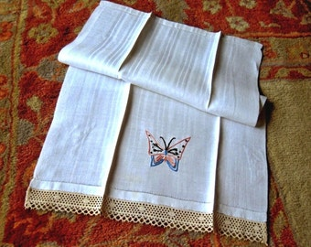 Hand TOWEL Vintage Kitchen Bath Bar Glass Cloth Display Huckaback DAMASK Huck WHITE Lace Drawn Work Embroidered Butterfly