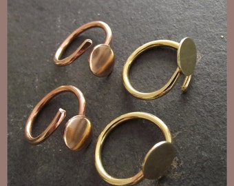 2 x Solid Brass or Bronze Flat Pad Rings - small pad -  cabochon - freesize - adjustable -