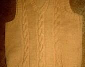 Vintage hand knit cable soft caramel sweater vest sz S M mint unworn