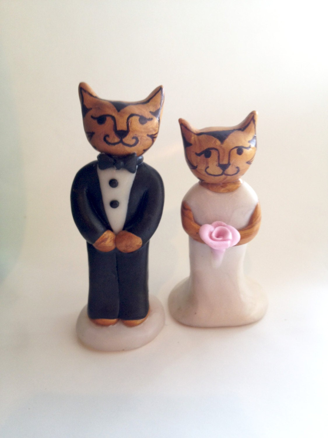 Elegant Cats Wedding Cake topper. Cat Wedding Cake Topper.