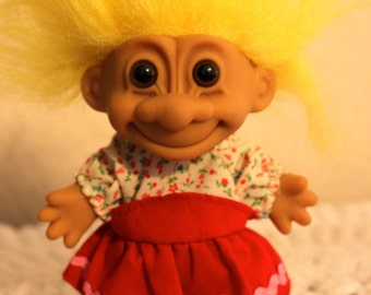 Blonde Goldilocks Troll Doll 18695 Cute Girl Discontinued Item