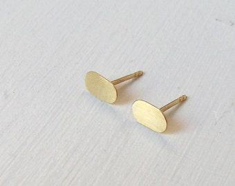 18 Karat Gold Earrings / Gold Earrings / Small ellipse Earrings / Simple Little Gold Ellipse Earrings / Minimalist Gold Jewelry