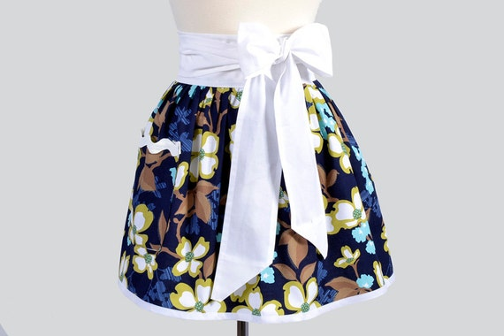 Retro Womens Half Apron : Modern Meadow Dogwood Bloom Flowers with White trim