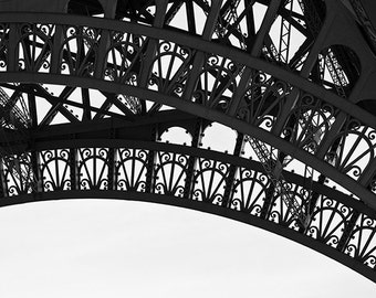 Eiffel Tower Print, Paris Print, Eiffel Tower Print Paris Photograph, Black and White Paris Decor, College Student Gift for Her, Paris Photo