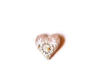 Brooch heart pink beige embroidered  tatting pearl