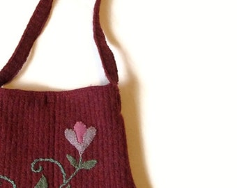 Embroidered felted sweater bag wine mauve