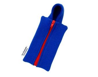 iPhone SE Case - Hoodie Case (Dark Blue -red)