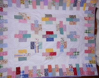 Throw quilt Lap Quilt Wall hanging  30 s reproduction Print  6