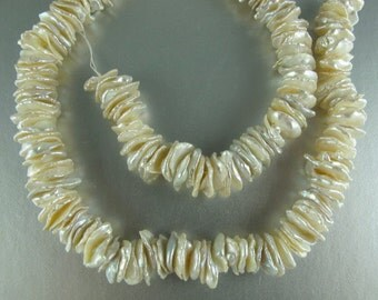 Cornflake Pearls, Keishi Pearls, Center Drilled Pearls, White,10-11 mm, 20 Pearls (P016)