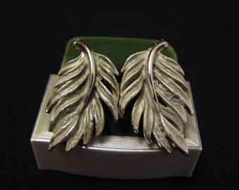 Vintage Gold Tone White Enameled Feather Leaf Clip Earrings