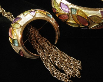 HOBE 1980's Pastel Pattern Bracelet and Tasselled Necklace