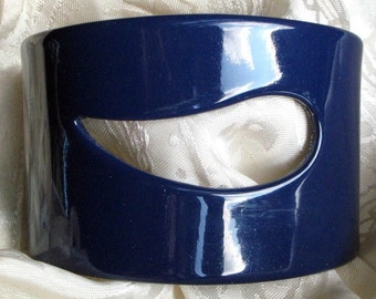 Haute Couture Vintage Navy Wide Lucite Cuff Bangle Blue Unique Runway Cut Out  Art Moderne That 70s Show Bracelet Statement Bold Mid Century