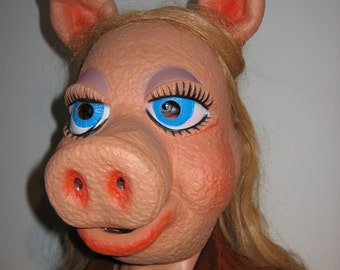 Miss Piggy Mask.  Vintage signed Henson 1977.  Rare. Sesame Street Muppet Mask.