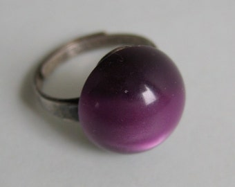 Mod Purple Moonglow & Sterling Silver Ring by Uncas.  Lucite.  Vintage 1960.