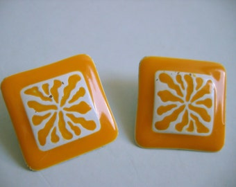 Vintage 1960's, Gold and white Enameled, Clip on Earrings.