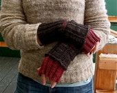 Double Layered Fingerless Gloves knitting pattern