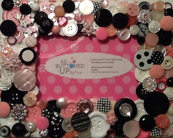 RESERVED ~ CUSTOM ONLY Minnie Mouse Pink White and Black Button Frame ~ Nursery Gift ~ Baby Shower Gift ~ Gift for Girl ~ for 4x6 photo