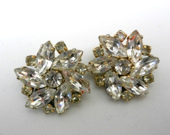 Great light earrings - vintage 1960s - crystals on golden tone setting for the retro bride  -Art.695/2 -