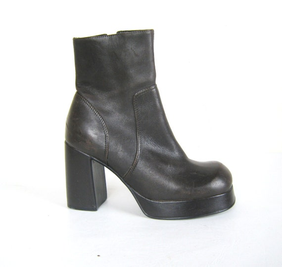 90s brown leather steve madden chunky heel platform ankle