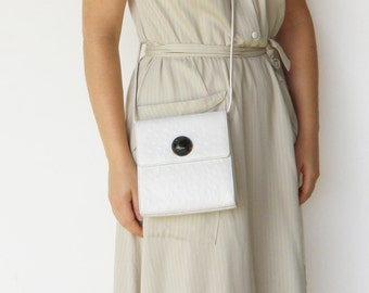Vintage White Leather Bag / MOD Style Bag