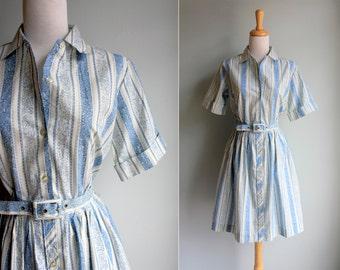 Vintage 1950s Pretty Paisley Day Dress- Blue White Short Sleeve Shirtdress Shirt Button Up Gathered Skirt Summer- Size Medium M