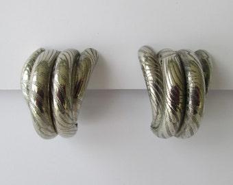 Chunky 80s Silver Clip Earrings