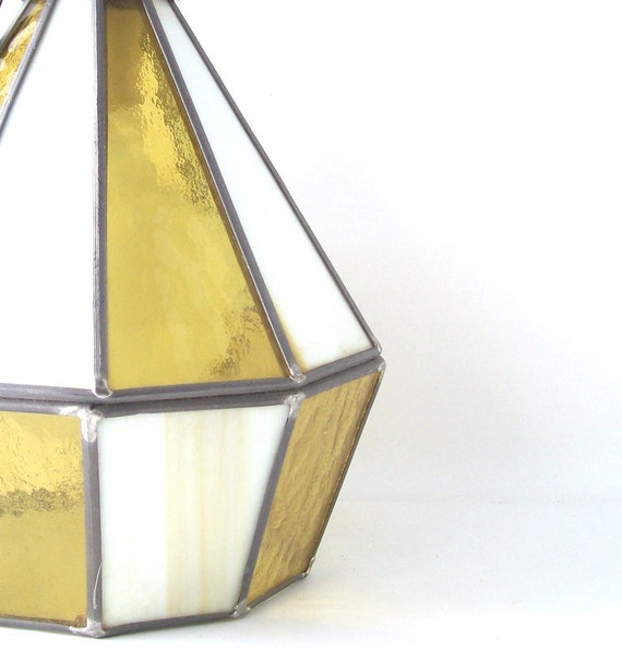 vintage stained glass swag hanging lamp lite lighting yellow white cut. Black Bedroom Furniture Sets. Home Design Ideas