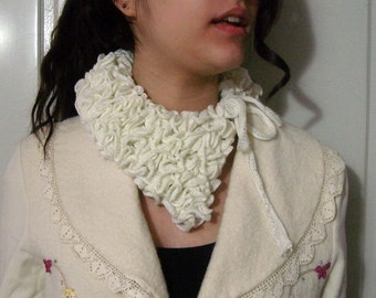 Ivory cream ruffle neckwarmer, Hand knit victorian collar, knit neckwarmer scarf unique gift for her women scarves