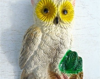 Vintage Chalkware Owl Wall Plaque