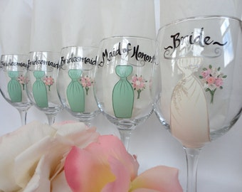 EXACT REPLICA of Your DRESSES - Hand Painted Bridesmaid Wine Glasses -  Wedding Wine Glasses - Bridal Party Wine Glasses