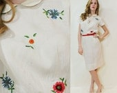 40s Embroidered Linen Dress Ivory Beaded Flowers Peter Pan Collar Short Sleeves Wiggle Vintage Small S 1940s
