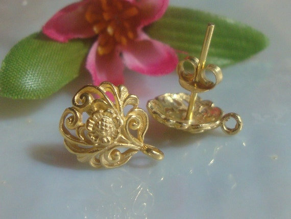 5% off 5 pairs - Best Seller, 24k Vermeil over Sterling Silver Filigree Floral Ear Post and Ear Nuts Earrings With Loop 12x10 mm - EP-0001