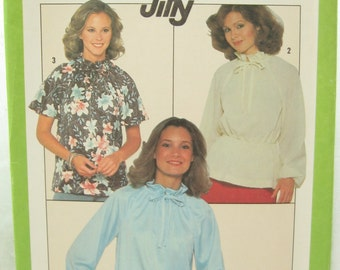 Simplicity 8293 1970s Jiffy Pullover Bow Blouse Sewing Pattern Bust 34
