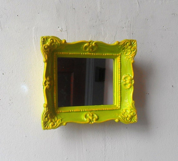Baroque wall mirror in small vintage frame yellow and for Small baroque mirror