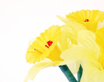 Set of 4 - Yellow Daffodil Flower Pens Large Bloom Perfect for Bridal or Baby Showers