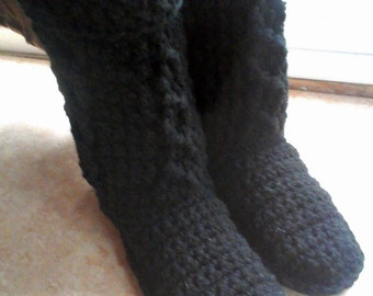 Crochet slipper boots, womens slippers, womens slipper boots, black slipper boots, black womens boots, gift ideas, christmas gifts for her